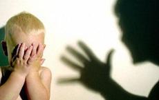 Tạm giữ người mẹ đánh con 3 tuổi chấn thương sọ não ở Sài Gòn
