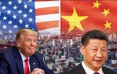 """Trung Quốc tung """"cú đạp"""" mới khuấy động thị trường, đáp trả Mỹ: Ai kẹt giữa căng thẳng?"""