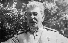 """Tiết lộ """"kẻ thù"""" lấy mạng Stalin: Những căn bệnh đeo bám và cú chốt hạ khiến ông kiệt quệ"""