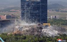 Mở đầu chẳng lành cho sự phá sản trong quan hệ liên Triều: Triều Tiên công khai hình ảnh nổ văn phòng