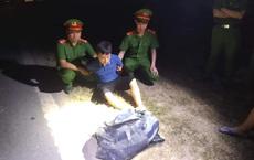 Truy đuổi hơn 40km vây bắt chiếc ô tô chở 2 ba lô chứa đầy ma túy