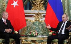 """Lý do khiến rạn nứt của Nga-Thổ Nhĩ Kỳ ngày càng sâu: Từ xung đột trong tham vọng ở Idlib, Syria tới """"đấu trường"""" Libya"""