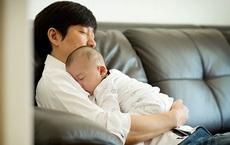 Từ 1/7: Nam giới 1 mình nuôi con dưới 36 tháng tuổi được tạm hoãn nghĩa vụ dân quân tự vệ