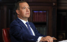 Gần nửa năm sau ngày tuyên bố từ chức, ông Medvedev nói gì về vai trò mới và mối quan hệ với TT Putin?