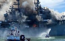 NÓNG: Cháy nổ dữ dội trên siêu tàu đổ bộ tấn công mạnh hơn cả tàu sân bay hạng trung của Mỹ - Cuộc chiến gay cấn chống lửa