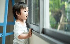 """Con có 3 """"nhược điểm"""" này, bố mẹ chớ vội lo lắng bởi đó là biểu hiện của 1 đứa trẻ thông minh"""