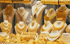 """Đà tăng """"điên loạn"""" đã giảm, giá vàng đang lùi dần về mốc 56 triệu đồng/lượng"""
