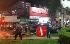 Nữ tài xế lái ô tô Camry tông 7 xe máy, nhiều người bị thương ở Sài Gòn