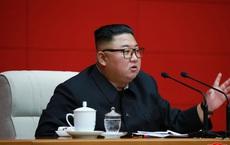 Lo Covid-19 xâm nhập Triều Tiên, ông Kim Jong Un cấm nhận viện trợ nước ngoài chống lũ lụt