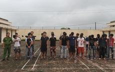 """2 nhóm thanh niên hơn 30 người mang theo phóng lợn, chai xăng """"hỗn chiến"""""""