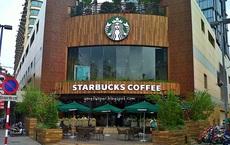 """Những """"vũ khí sắc bén"""" giúp Starbucks từ một quán cà phê nhỏ bé trở thành một đế chế với hàng vạn cửa hàng trên thế giới"""