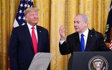 """WaPo: Thủ tướng Israel bị tố mang cả """"bao tải"""" quần áo bẩn sang Mỹ để được giặt miễn phí"""