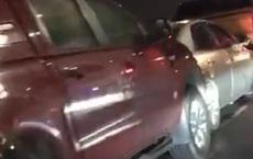 12 xe ô tô đâm liên hoàn trên cầu Nhật Tân