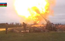 """Xuất hiện video lực lượng Karabakh bắn hạ máy bay quân sự Azerbaijan - Nga chuyển gấp """"vũ khí nóng"""" cho Armenia?"""