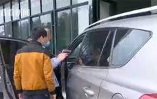Chi 500 triệu đồng mua ô tô cũ, người đàn ông gần như chết lặng khi vô tình phát hiện hành vi dối trá của người bán
