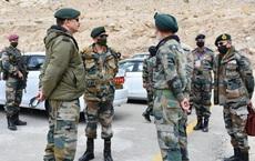 """Ấn Độ dậy sóng vì tin lính tự sát và tương tàn đông hơn tử trận: Tư lệnh phản ứng kỳ lạ với """"kẻ thù vô hình"""""""