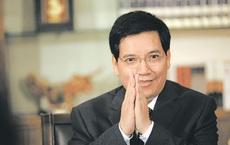 Quan tham Trung Quốc giở mánh khóe cúi mình, bỏ liêm sỉ: Quỳ gối, bóp chân cho lãnh đạo