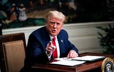 """Hành động của ông Trump trong những giờ cuối cùng tại Nhà Trắng: Loạt nhân vật được hưởng """"đặc ân"""""""