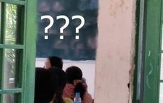 Nhà trường tổ chức họp phụ huynh, chỉ 1 dòng chữ trên bảng khiến nhiều bậc cha mẹ khóc hết nước mắt