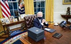 """Giải mã """"hiện vật ngoài hành tinh"""" 3,9 tỷ năm tuổi trong Phòng Bầu dục của Tổng thống Mỹ Joe Biden"""
