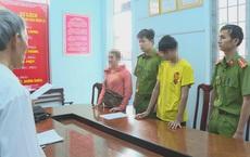 """Hai thiếu niên vào tù vì cùng """"yêu"""" bé gái 12 tuổi"""