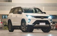 Toyota Fortuner mới sắp về Việt Nam: Là xe nhập khẩu, thêm trang bị tiện nghi và tính năng an toàn