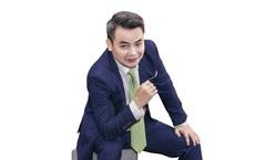 """""""Chủ tịch Khang"""" phim Hương vị tình thân: Tôi """"xin phép"""" mỗi lần tát Quách Thu Phương"""