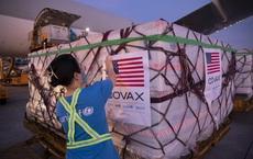"""Tin vui: Gần 2 triệu liều vaccine do Mỹ tặng Việt Nam """"bay thẳng"""" từ nhà máy Pfizer đến Hà Nội và TP.HCM"""