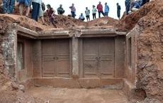 17 mảnh ván được đào từ mộ cổ và bị ném thẳng vào nhà kho, 28 năm sau, chuyên gia nhận định: 'Sai lầm không thể dung thứ'