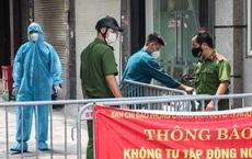 """Ô tô bị niêm phong cửa, """"cấm xuống"""" tại Bình Phước: Trên xe có người đang hấp hối. Chùm Covid-19 ở Hà Nam đã tăng lên 721 ca nhiễm"""