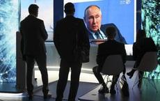 """Báo Mỹ: Châu Âu tự """"bắn vào chân"""", bị """"trừng phạt"""" vì quá kiêu ngạo - Nga ung dung hưởng lợi"""