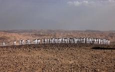 """Số người khỏa thân tới Biển Chết """"tăng đột biến"""""""