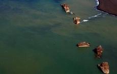 Hơn 7 thập kỷ chôn vùi dưới biển, loạt 'tàu ma đội mồ sống dậy': Nơi này đáng sợ đến mức không ai dám đến ở!