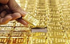 """Giá vàng hôm nay 22/10: Tiếp tục đà tăng, vàng trong nước cũng """"dậy sóng"""""""