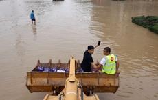 Kế hoạch đầy tham vọng của Trung Quốc lộ điểm yếu chí mạng vì trận mưa ngàn năm có một