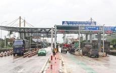 Sử dụng vé thu phí đường bộ giả, 3 lái xe Cục Quản lý thị trường Bình Định bị khởi tố
