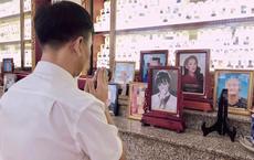 Người hâm mộ đưa di ảnh nghệ sĩ Phi Nhung lên chùa, đặt kế cô út Phương Mỹ Chi