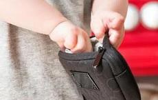 Con trai 5 tuổi ăn cắp tiền của mẹ để mua đồ chơi nhưng bị phát hiện, bà mẹ không phạt mà làm một điều để đứa trẻ tự trả lại: Quá đỉnh!
