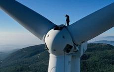 Cuộc sống của một kỹ thuật viên bảo trì tuabin điện gió: Lương cao, môi trường làm việc thoáng đãng, phù hợp người thích leo trèo