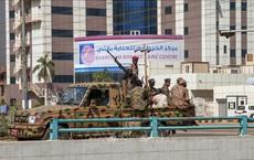 Hội đồng cầm quyền Sudan tuyên bố tình trạng khẩn cấp, giải tán chính phủ chuyển tiếp