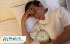 Người già mất ngủ kéo dài: BS chỉ cách điều trị bệnh mất ngủ, giúp người cao tuổi ngủ ngon