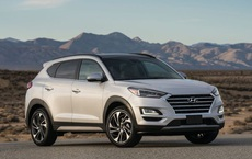 Hyundai Tucson ưu đãi gần trăm triệu, cản đường Mazda CX-5 - Điều bất ngờ khác vừa xảy tới
