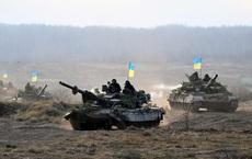 """Nhiều tên lửa """"nhắm vào Moscow"""": Ukraine lớn tiếng đe dọa sẽ san phẳng nước Nga"""