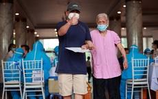 """""""Bệnh cô đơn"""" khiến bệnh nền của người cao tuổi thêm nặng: BS mách 2 hội chứng hay gặp"""