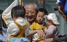 """Thị trấn Trung Quốc đột ngột """"mất"""" 31% dân số: Đáng sợ đến mức nào mà làm dư luận bùng nổ?"""