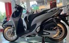 Giá xe Honda SH Mode chạm ngưỡng không tưởng sau Tết