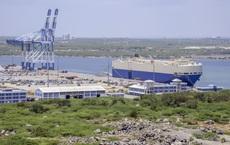 """Cho TQ thuê cảng 198 năm, chính phủ Sri Lanka """"tiền hậu bất nhất"""" về việc sửa thỏa thuận"""