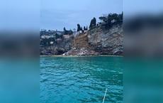 200 quan tài đồng loạt lao xuống biển: Thảm họa không thể tưởng tượng được