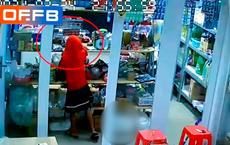 """Chủ tạp hoá mất tiền, kiểm tra camera thì giận """"tím người"""" khi biết danh tính kẻ trộm"""