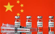 """Trở thành """"hiệp sỹ trong bộ áo giáp sáng bóng"""", TQ đẩy Mỹ sang lề trong ngoại giao vaccine"""